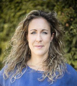 Auteur-Laura-de-la-Mar-boek-het-geheim-van-gastvrijheid